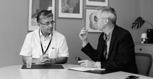 Direktør i Gomspace, Niels Buus, og Per Hansen optager podcasten Penge med Per.